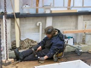 Skibstømrer i kalfatrestol