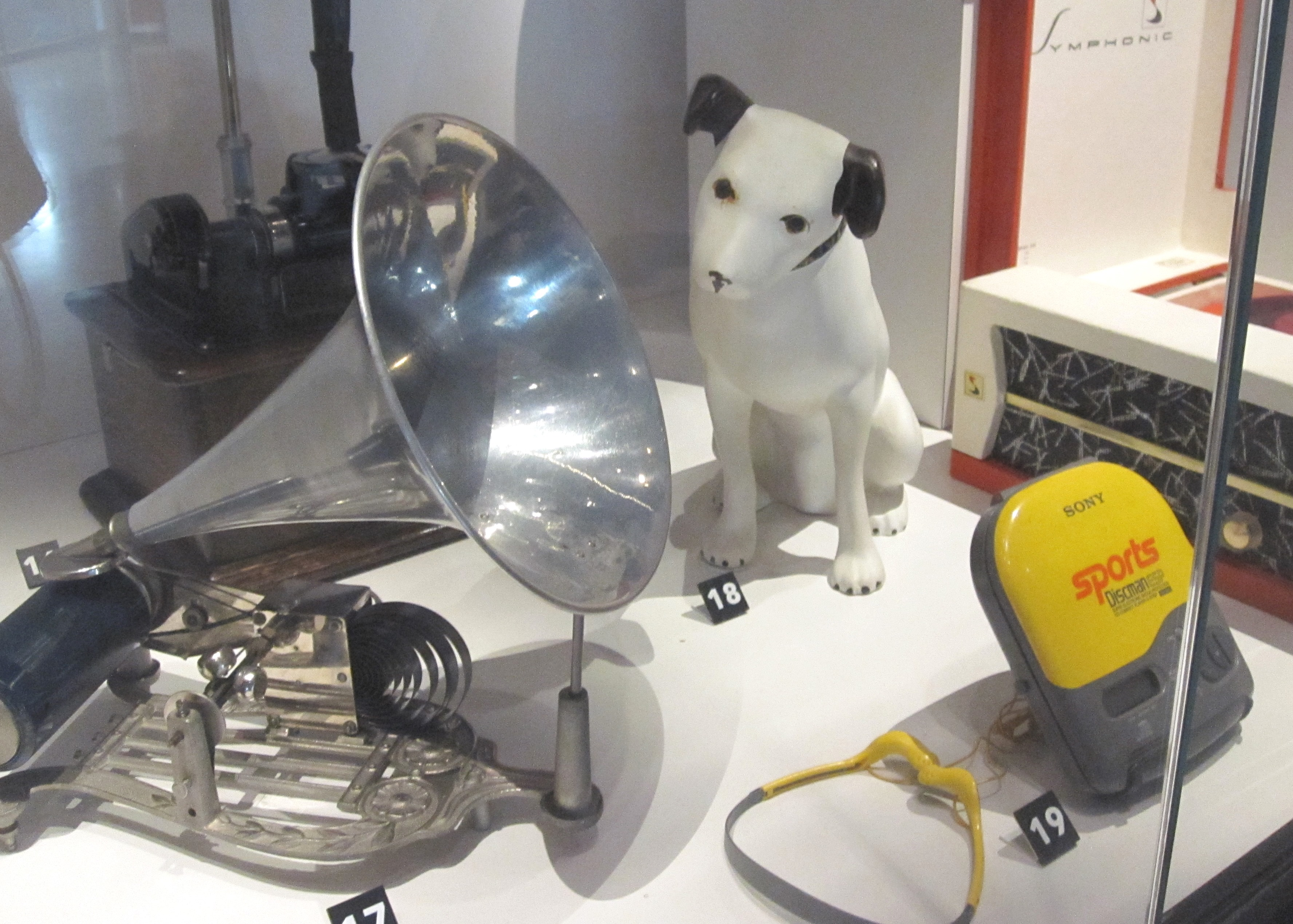 Plastics_Science_Museum_Ottawa